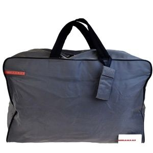 c5b9f9ab6f57 NWOT Used Once Authentic   Awesome Prada Duffel
